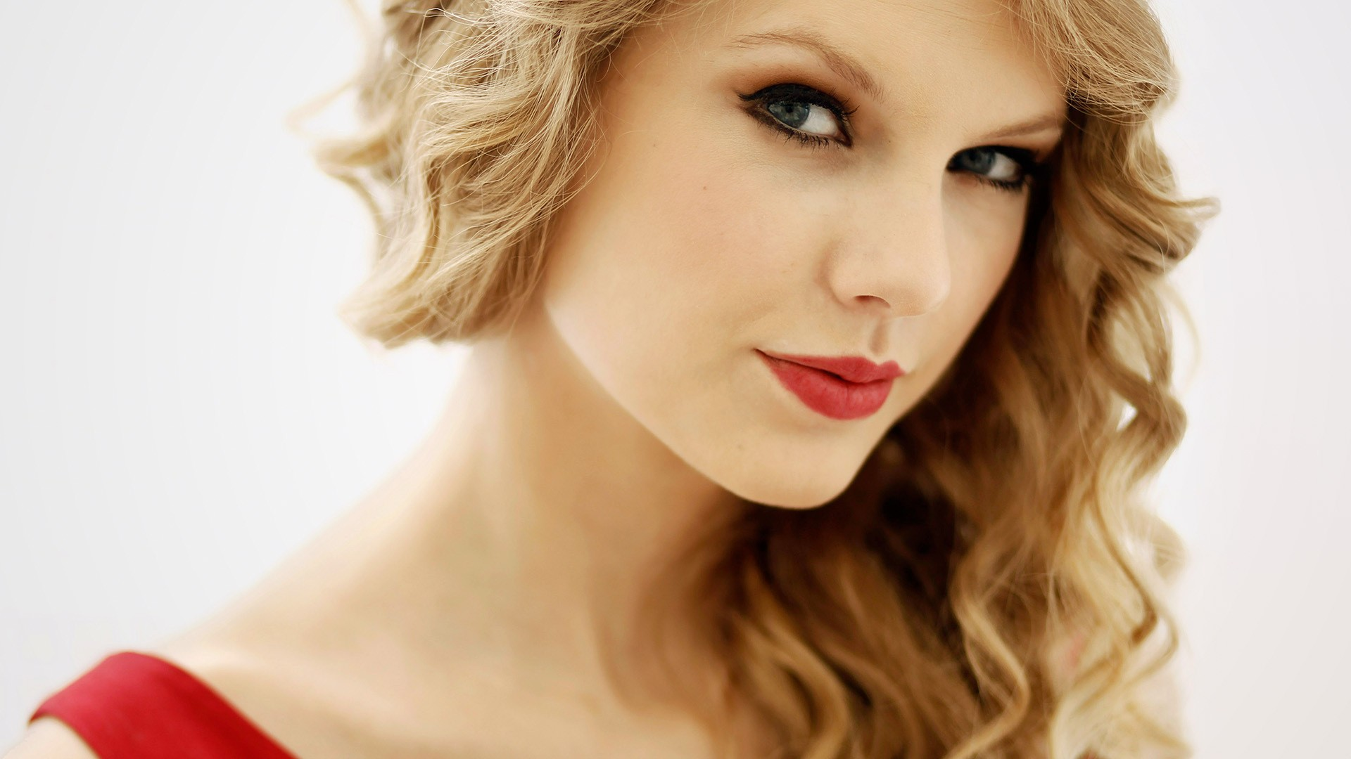 The Taylah Swift Method of Brand Domination